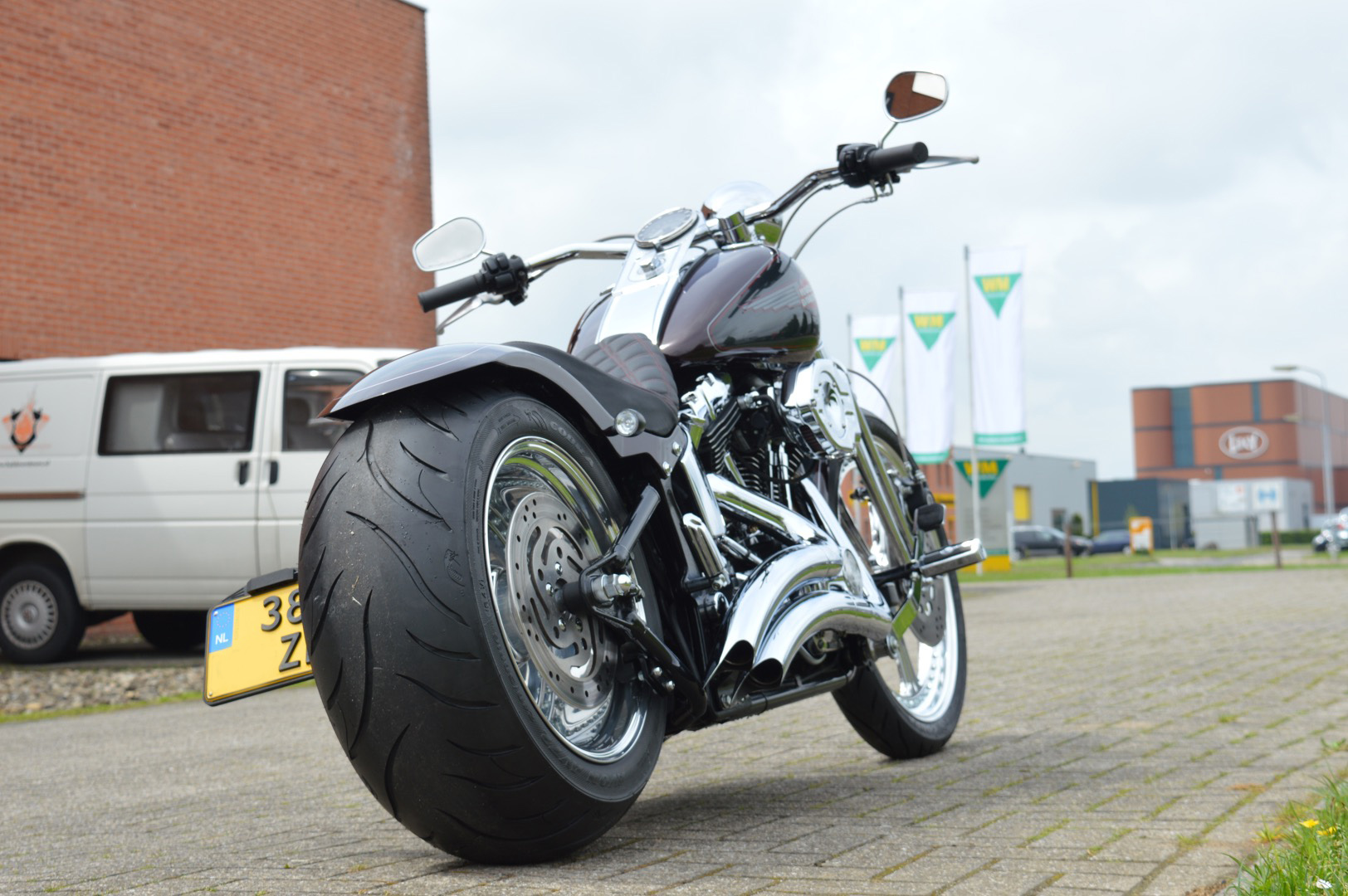 Downtown custom: Heritage Softail Springer